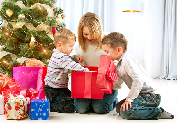 key ring holiday gift picks